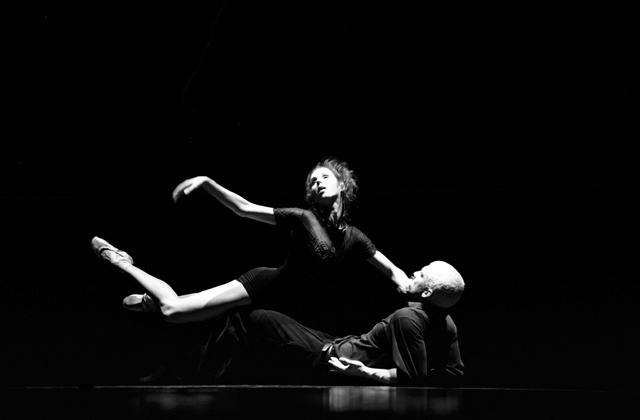 Danseurs de la troupe de danse LA LA LA Human Steps